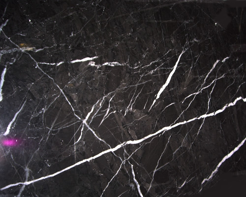 M rmores importados m rmores e granitos zampieron for Granito verde pradera
